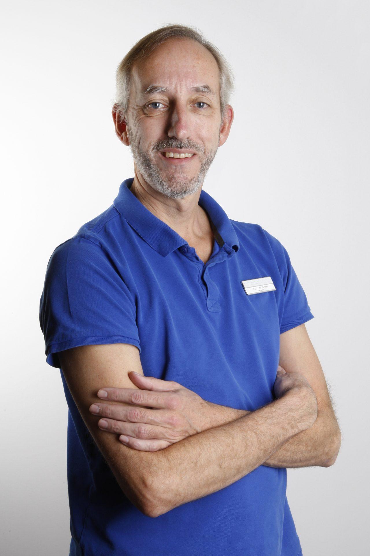 Dr. Ralph van Brakel